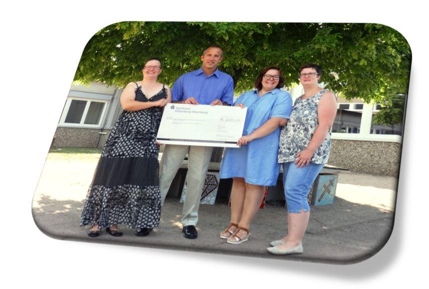 Hilfe für Wertheimer Tafel – Spendenübergabe des Faulbacher Spendenlaufes